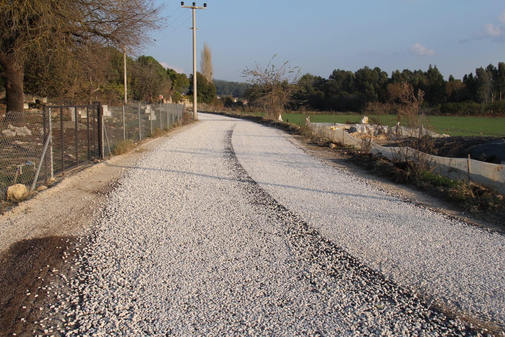 Gökova Mahallemiz Uğur Mumcu Caddesi Ve Gültekin Palabıyık Sokakta Yaklaşık 2.5 Kilometrelik Asfalt Kaplama Çalışmalarımız Tamamlandı.