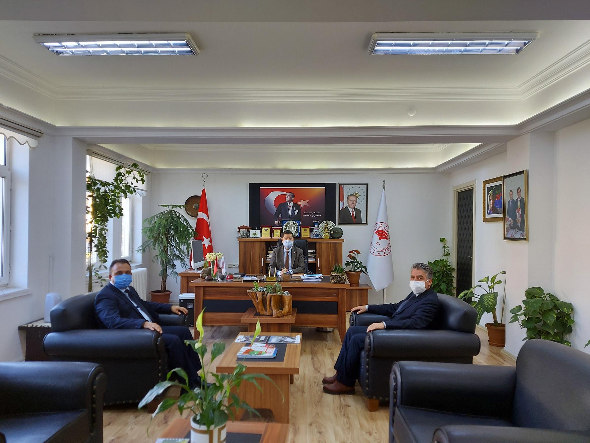 Belediye Başkanımız Sn. Özay Türkler Tarım ve Orman İl Müdürümüz Sn. Barış Saylak'ı Ziyaret Etti