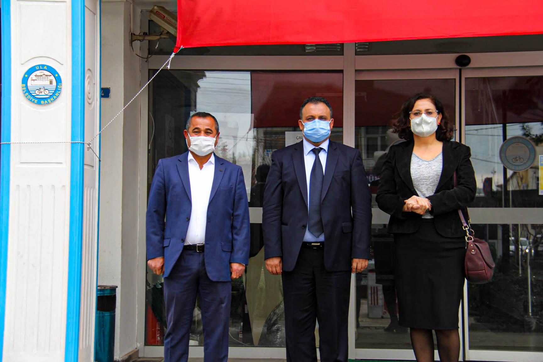 Belediye Başkanımız Sn. Özay Türkler'in Mimarlık Mesleğinden Arkadaşları Faysal Üzeyiroğlu Ve Meral Oğuz Ziyarette Bulundu