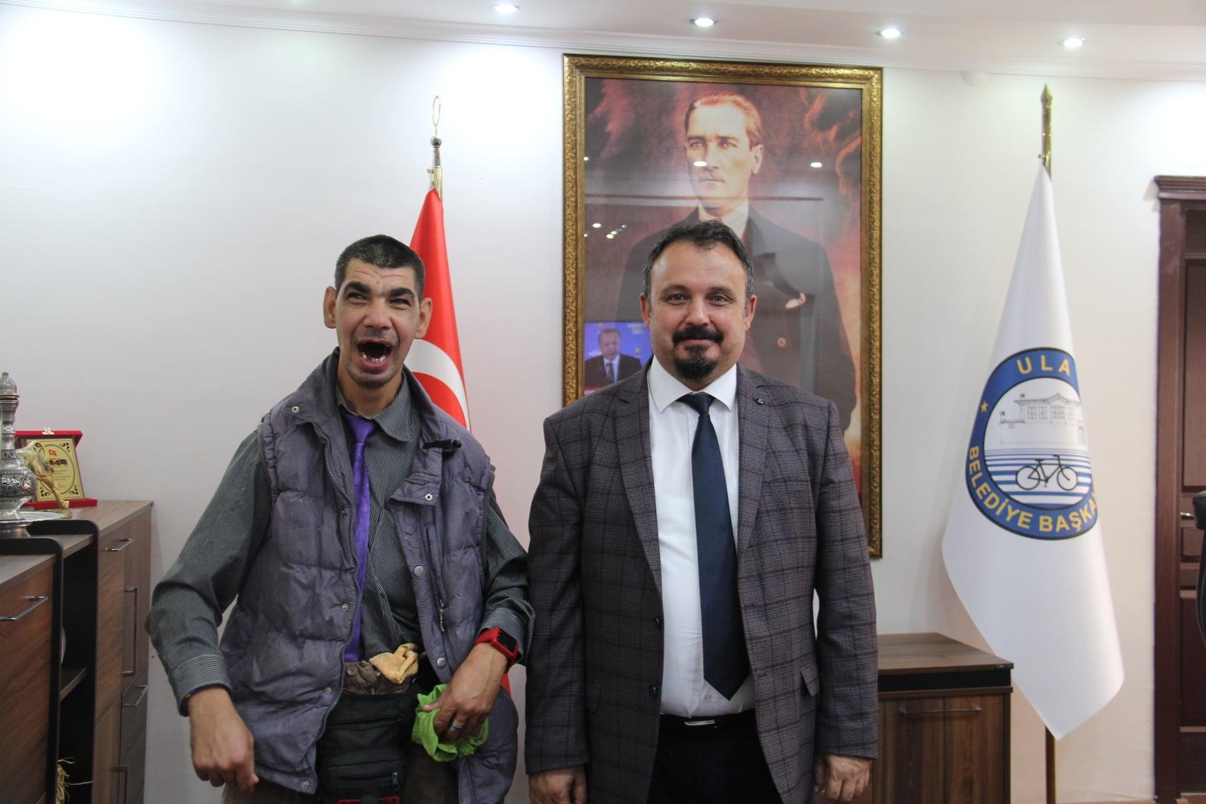 İlçemizin Kıymetlisi, Sevilen Siması Fatih Kayacan Belediye Başkanımız Sn. Özay Türkler'i Ziyaret Etti